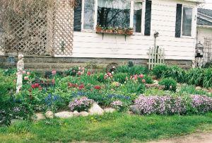 Banister Garden8 emailver